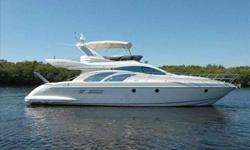 2006 Azimut 50 FLYBRIDGE For more information please call: (888) 816-6651 or call us toll-free at: (888) 510-8204 and reference stock number: 99031 BoatingBay.com 102128