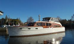 This Classic Chris Craft is well maintained and has lots of special features for its vintage. She is a 3 owner boat and has been in the family for 51 years!. In 1975 twin Chris Craft 300's were installed and have approximately 700 hours on them. Also