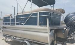 """?Price:Please Contact?Address:13323 US HWY 19, Hudson, FL 34667 (map) ?Date Posted:01/21/16?? NEW 2016 SWEETWATER 2086 BF METALLIC NAVY POWERED WITH YAMAHA F70LA TILT STEERING WHEEL, DELUX HELM, CHANGING ROOM, 25"""" TUBES, PLAYPEN COVER, VINYL DECK, SONY"""