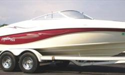 Powered by a Merc 4.3 this 1998 Rinker 192 Captiva is lake ready! Features include: Aluminum single prop, Ski locker, Swivel seats, Clarion stereo system, Depth finder, 12 volt plug in, Bow storage compartments, Tilt steering wheel.