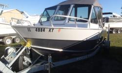 Like new forward riding AlumaWeld 202. This boat has tuns of room were you want it in the back. Low hours one owner. Must See!!!! Beam: 8 ft. 0 in. Hull color: WHITE SILVER Optional features: Lowrance HDS7, Windshild wiper stbd side, 2-Bench seats only