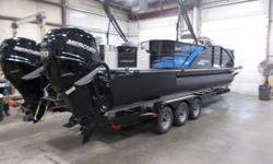 MANUFACTURER ASSISTED CLEARANCE PRICING!! The StarCraft MX25L twin outboard with twin Mercury 300 Verado's. This amazing boat will handle any water you want. 26' model that actually measures 29' long. Equipped with Prestige package, premium sound package,