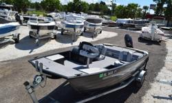 Used Sundancer 16' Catamaran side console. 50hp Suzuki 4 stroke. Compass, Bimini Top, Lowrance Fish Finder, All welded and ribbed construction, 3/4 Plywood decking w/lifetime warranty, 7 1/2 gallon live well, two pedestal seat bases-front and rear, 18 Gal