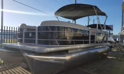 "(#37243) NEW 2017 SWEETWATER SW2286C PONTOON BOAT Sale Price: CALL FOR PRICE In Stock: Yes 27"" TRIPLE TUBE PACKAGE WITH FULL UNDER DECK SKIN, INSIDE SKIRTING; LIFTING STRAKES; WITH THIRD TUBE WITH LAUNCH PAD; 45 GALLON FUEL TANK; GPS SPEEDOMETER AERATED"